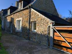 Renovated slate-roof cottage - Le Fret